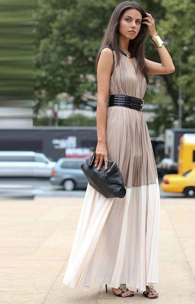 fadc94e5b04c Συνδύασε το maxi φόρεμα σου με ένα ζευγάρι sexy ψηλοτάκουνα πέδιλα για να  παρευρεθείς σε έναν
