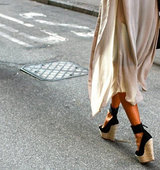 Αν είσαι λάτρης των ψηλοτάκουνων παπουτσιών, προτίμησε espadrilles με τακούνι!