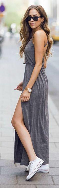 Συνδύασε το maxi φόρεμα σου με τα αγαπημένα σου all star sneakers!