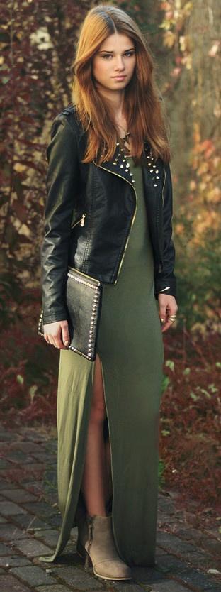 Συνδύασε το maxi φόρεμα σου με biker boots και leather jacket!