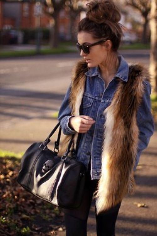 Τα γούνινα γιλέκα είναι must για τις εμφανίσεις σου!